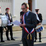 David Chollet, maire, transmet le message du secrétaire d'Etat.